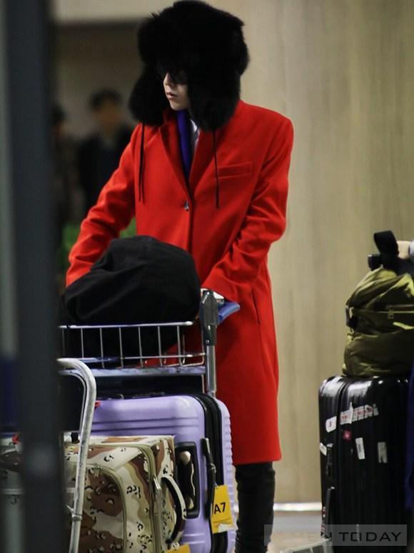 Khám phá thời trang sân bay bốn mùa của big bang - 18