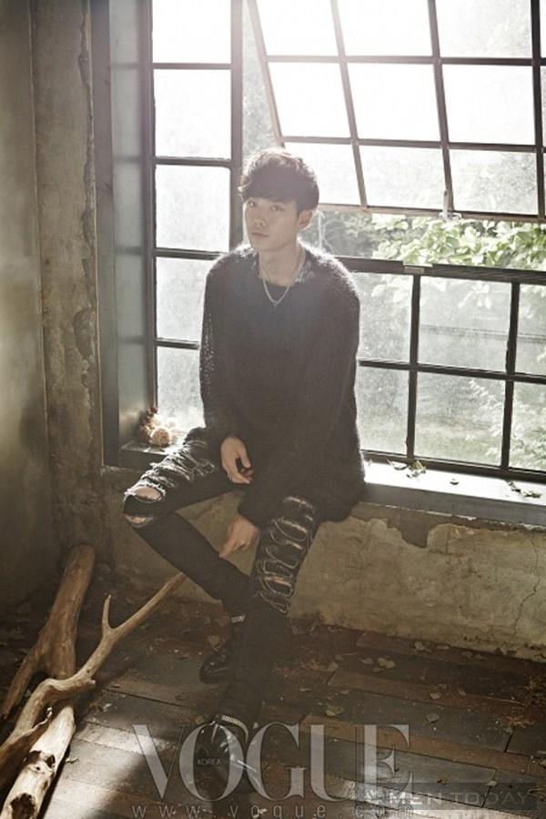 Lee jong suk đa phong cách trên các tạp chí tháng 10 - 3