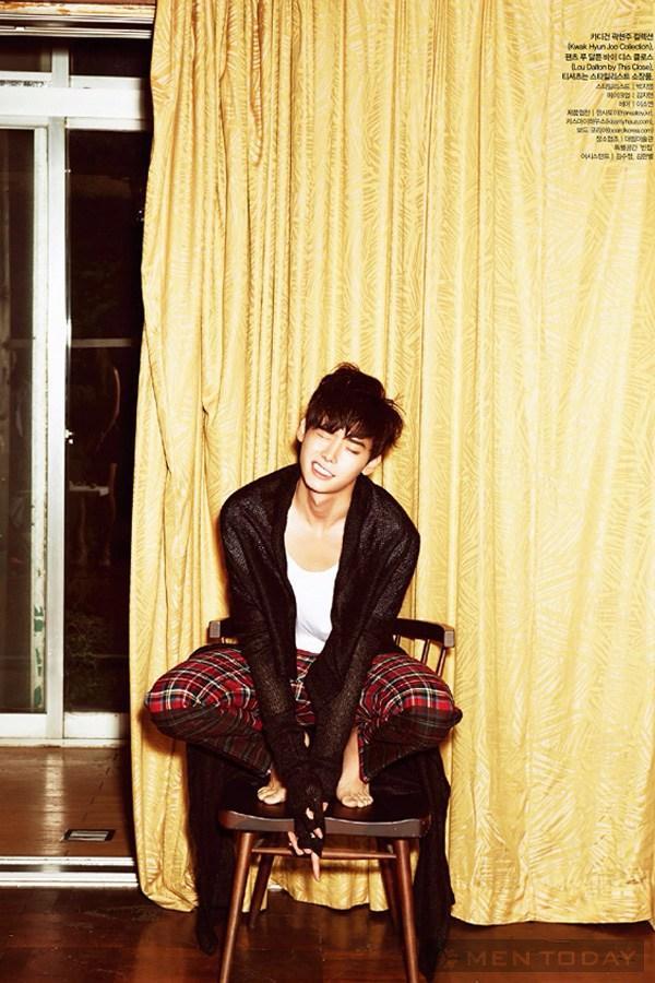 Lee jong suk đa phong cách trên các tạp chí tháng 10 - 22
