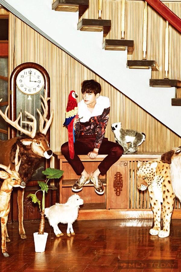Lee jong suk đa phong cách trên các tạp chí tháng 10 - 14