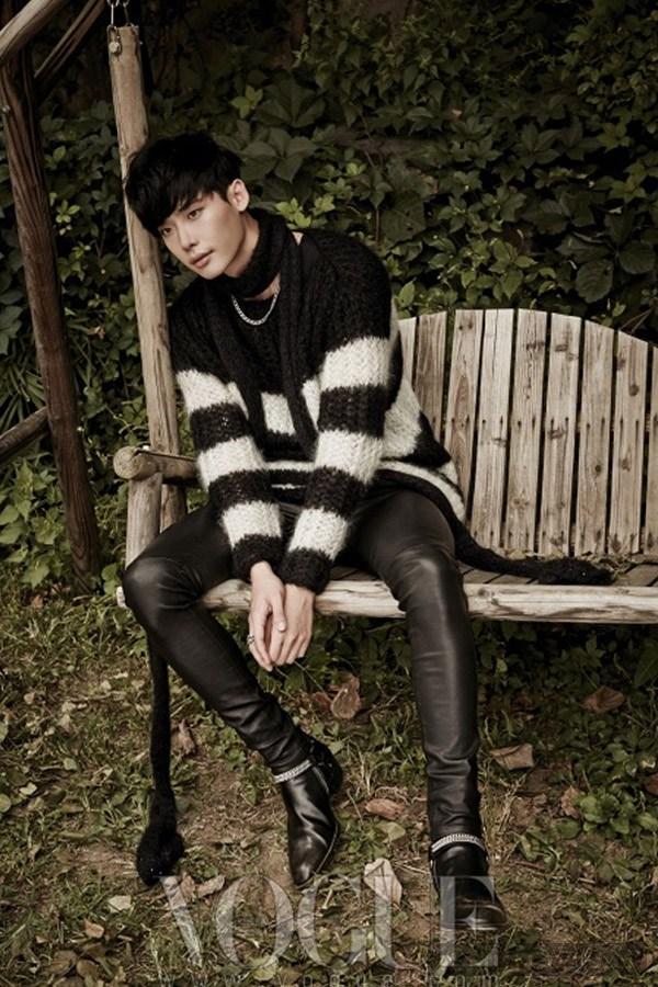 Lee jong suk đa phong cách trên các tạp chí tháng 10 - 4
