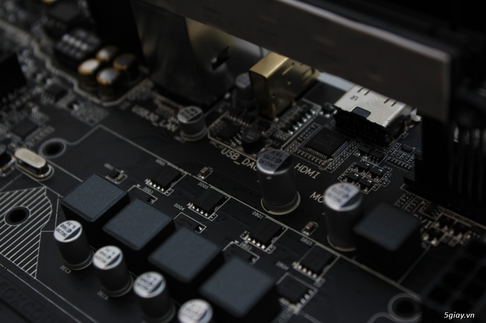 Mở hộp bo mạch chủ gigabyte g1 sniper b6 tiếp nối thành công - 17