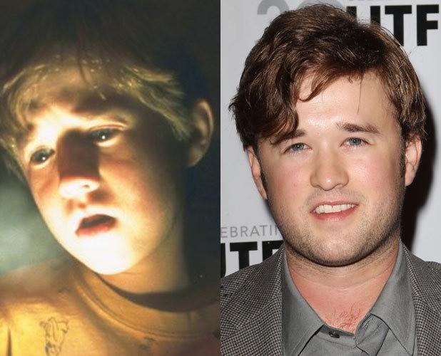 Những ngôi sao không thay đổi gương mặt khi lớn lên - 4