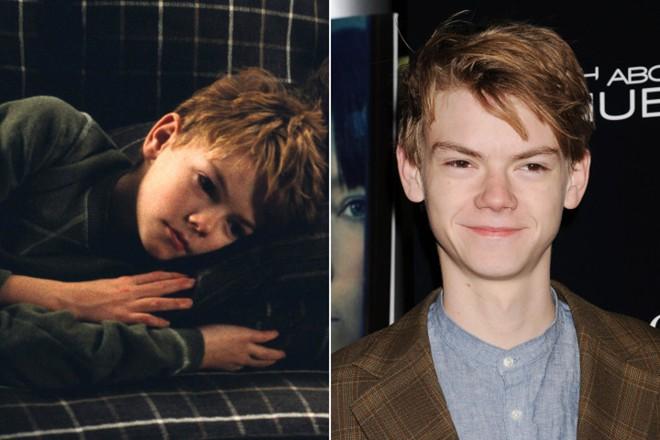 Những ngôi sao không thay đổi gương mặt khi lớn lên - 9