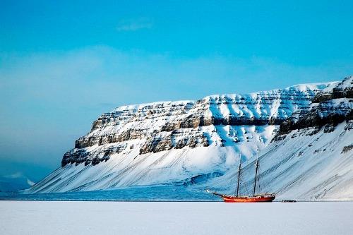 Noorderlicht khách sạn nằm giữa biển băng - 8