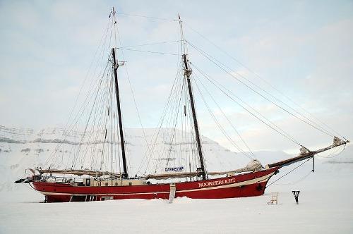 Noorderlicht khách sạn nằm giữa biển băng - 9