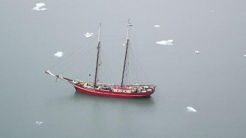 Noorderlicht khách sạn nằm giữa biển băng - 10