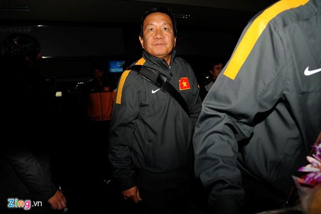 U23 việt nam mệt mỏi ở sân bay nội bài - 5