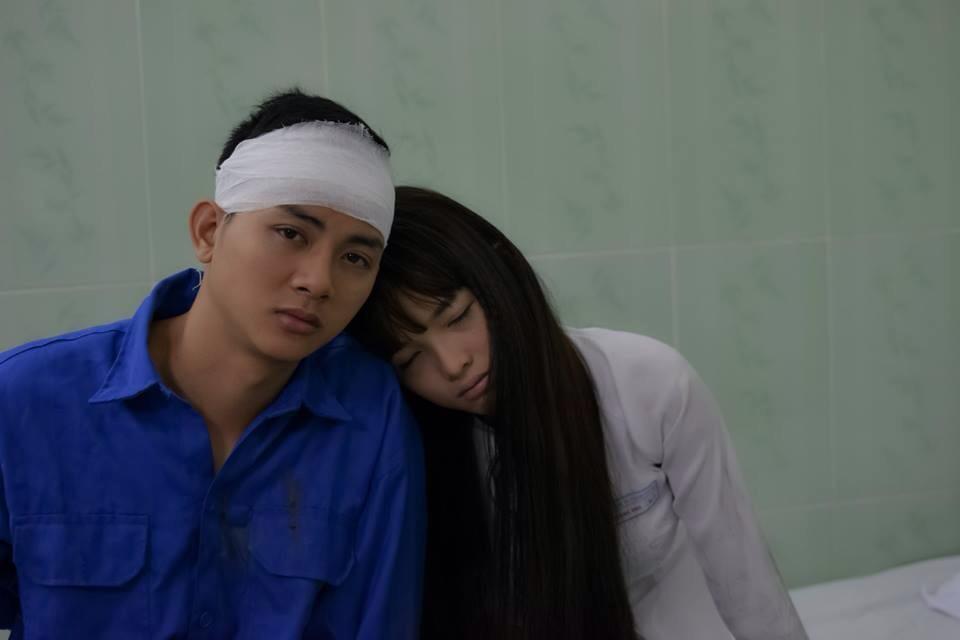 Vì phim mới hoài lâm phải bị đánh phải băng đầu nhập viện - 1