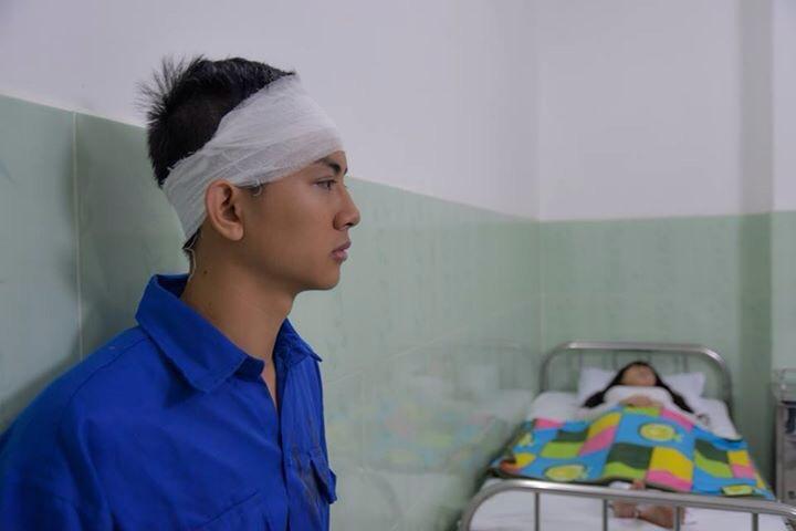 Vì phim mới hoài lâm phải bị đánh phải băng đầu nhập viện - 4