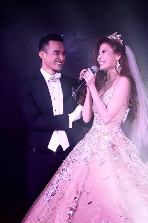 Các bộ váy cưới trị giá gần 600 triệu của thúy diễm có gì - 5