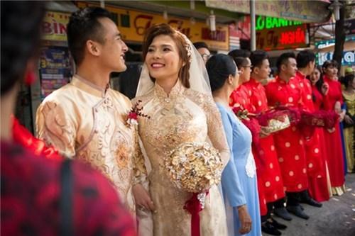 Các bộ váy cưới trị giá gần 600 triệu của thúy diễm có gì - 8