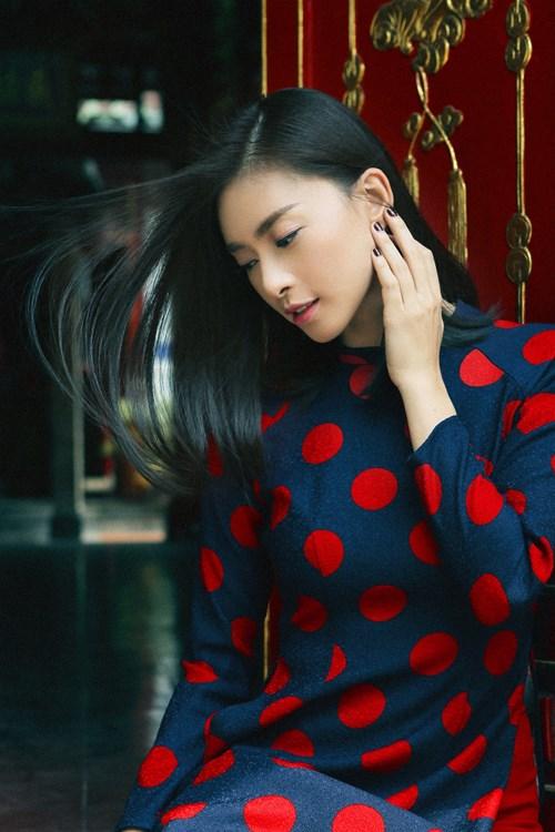 Cách tạo dáng để có bộ ảnh áo dài lung linh đón xuân - 9