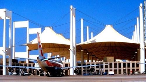 Choáng ngợp trước những sân bay được bình chọn đẹp - độc nhất thế giới - 2