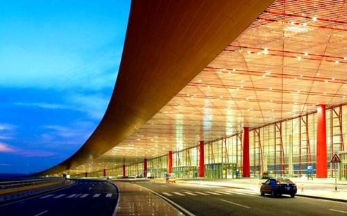 Choáng ngợp trước những sân bay được bình chọn đẹp - độc nhất thế giới - 13