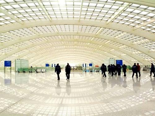 Choáng ngợp trước những sân bay được bình chọn đẹp - độc nhất thế giới - 15
