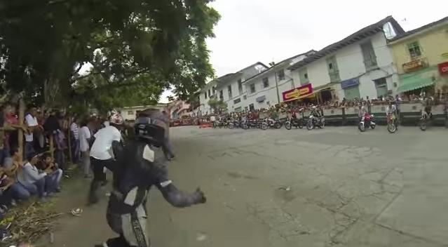 clip cuộc đua xe đường phố đáng nhớ - 1