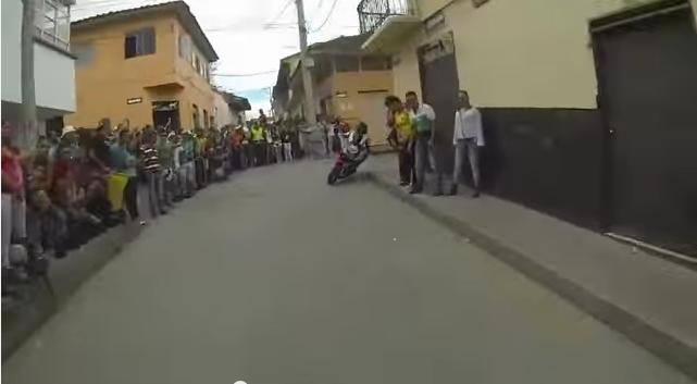 clip cuộc đua xe đường phố đáng nhớ - 3