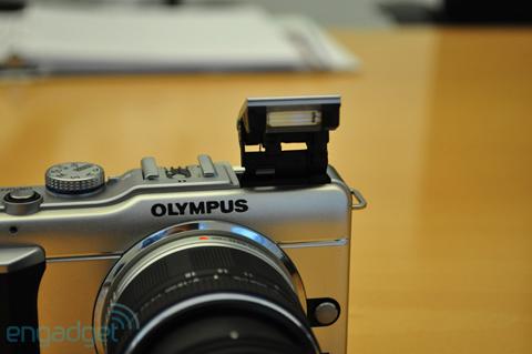 Ngắm máy số ống kính rời siêu nhỏ mới của olympus - 3