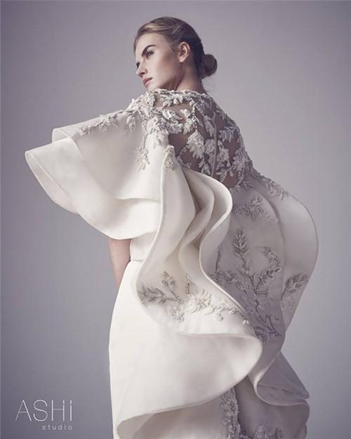 Những chiếc váy cưới này sẽ khiến các cô gái chỉ muốn cưới liền tay - 6