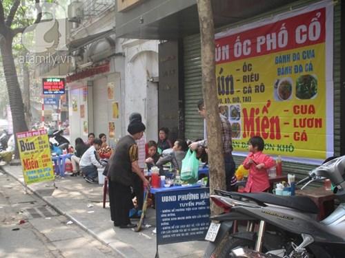 Những khu vực nhiều hàng quán ăn bán xuyên tết ở hà nội - 7