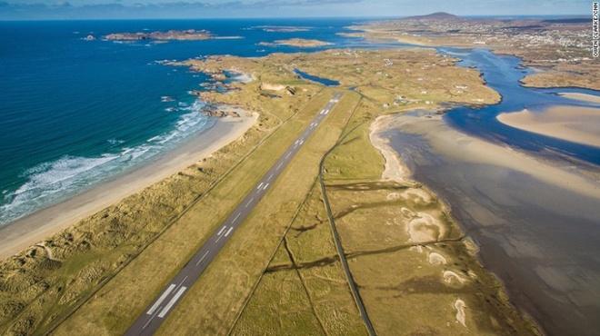 10 sân bay có điểm tiếp đất đẹp nhất thế giới - 7