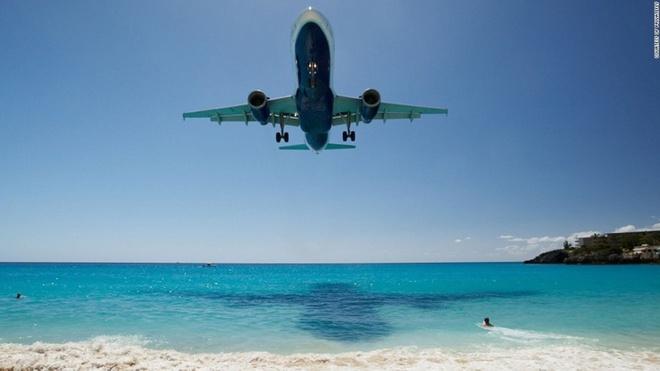 10 sân bay có điểm tiếp đất đẹp nhất thế giới - 8