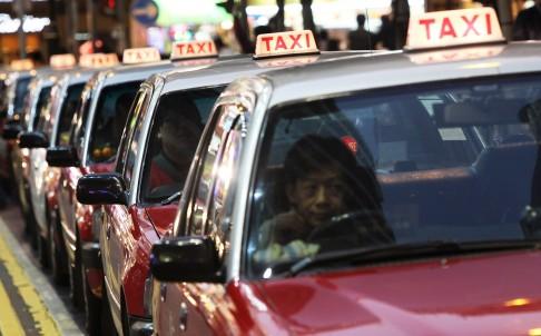 Du khách bị taxi chặt chém số tiền kỷ lục ở hong kong - 1