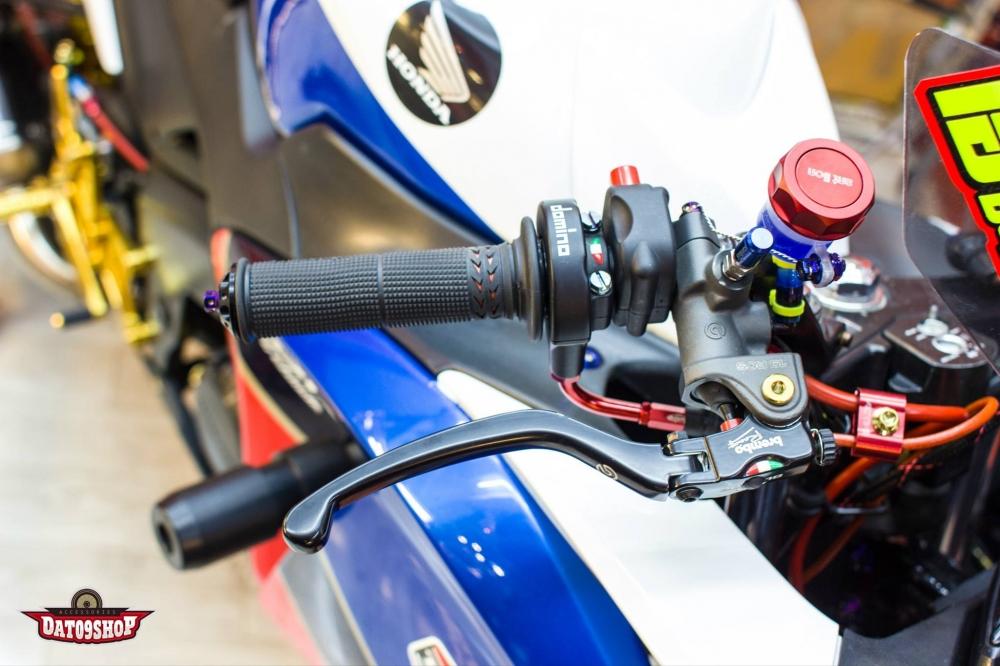 Honda cbr150 độ đầy phong cách của biker việt - 3
