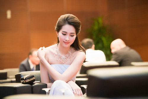 Chiêm ngưỡng vẻ đẹp - xinh như tiên nữ giáng trần của hoa hậu đặng thu thảo - 5