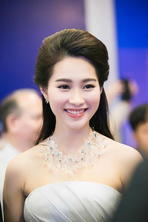 Chiêm ngưỡng vẻ đẹp - xinh như tiên nữ giáng trần của hoa hậu đặng thu thảo - 8