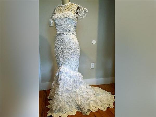 Ngạc nhiên tột độ khi biết những bộ váy cưới lộng lẫy được làm từ đâu - 4