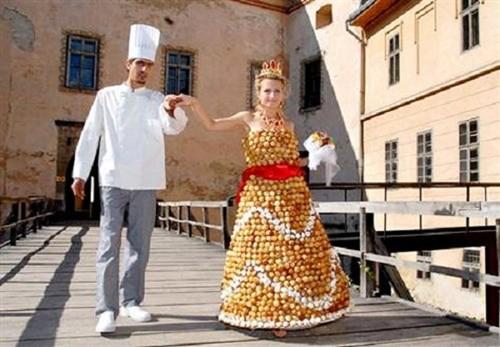 Những chiếc váy cưới điên rồ ai cũng lắc đầu ngán ngẩm - 2