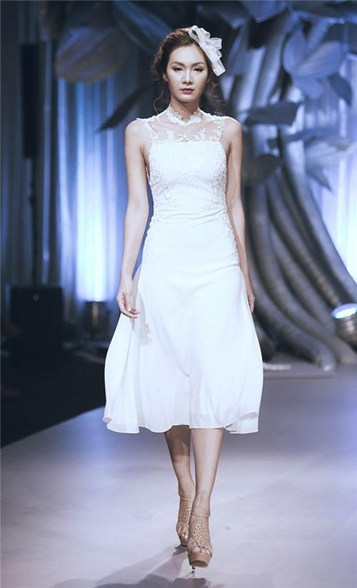 Những chiếc váy cưới khiến các cô gái muốn theo chàng về dinh - 13