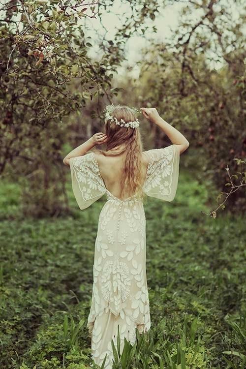 Những mẫu váy cưới đẹp đến ngạt thở khiến mọi cô gái phải ao ước - 1