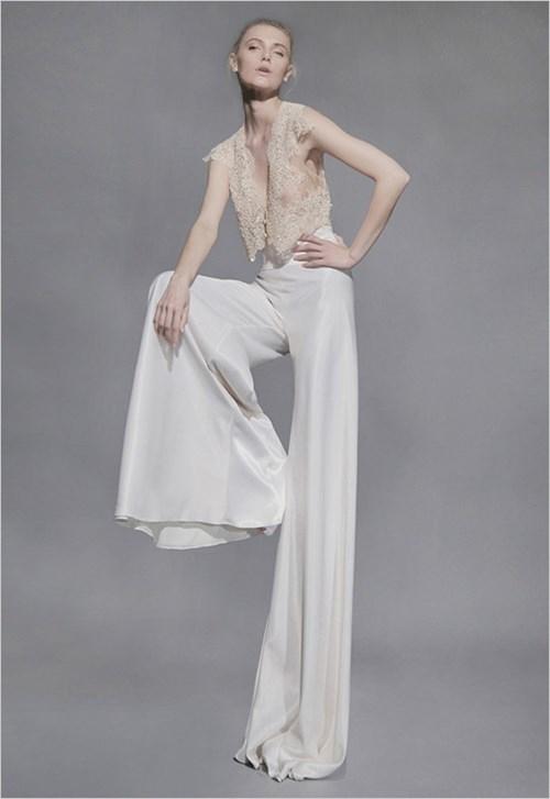 Những mẫu váy cưới đẹp đến ngạt thở khiến mọi cô gái phải ao ước - 26