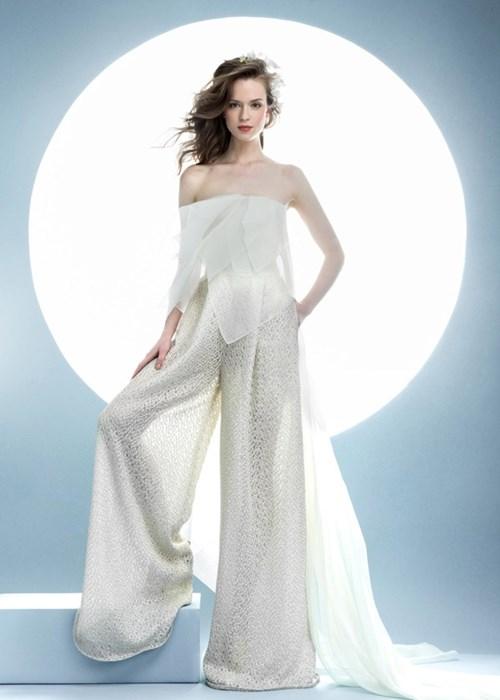 Những mẫu váy cưới đẹp đến ngạt thở khiến mọi cô gái phải ao ước - 27