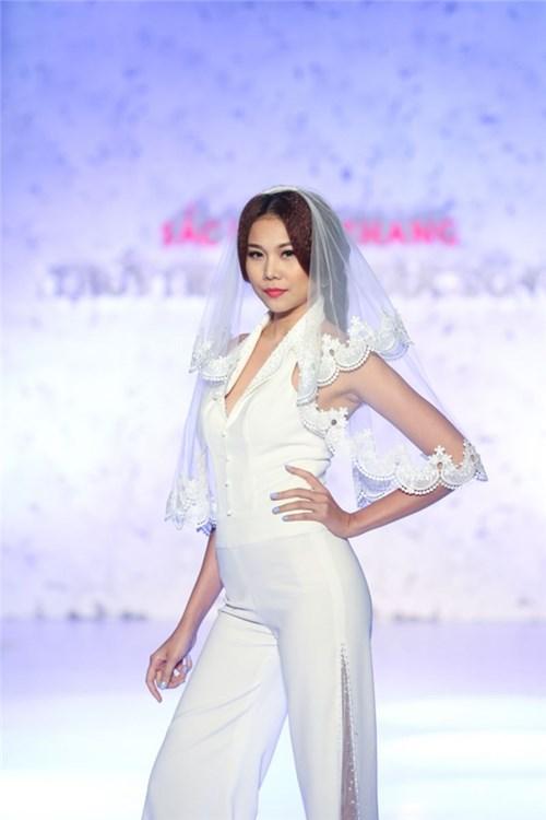 Những mẫu váy cưới đẹp đến ngạt thở khiến mọi cô gái phải ao ước - 28