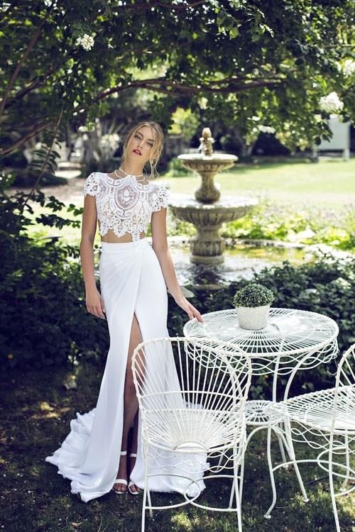 Những mẫu váy cưới đẹp đến ngạt thở khiến mọi cô gái phải ao ước - 32