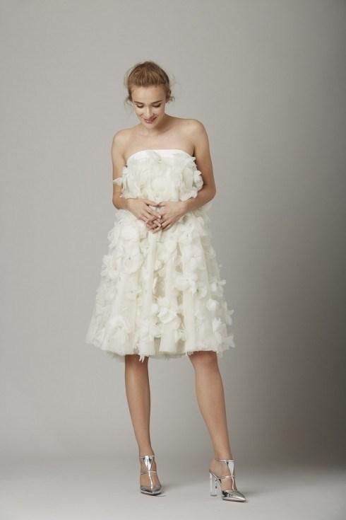 Những mẫu váy cưới đẹp đến ngạt thở khiến mọi cô gái phải ao ước - 35