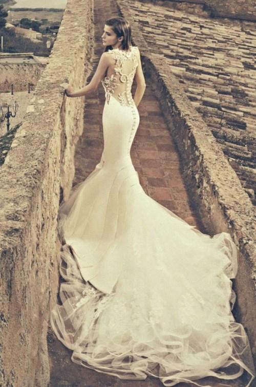 Những mẫu váy cưới đẹp đến ngạt thở khiến mọi cô gái phải ao ước - 40