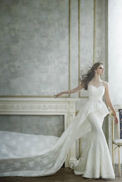 Những mẫu váy cưới đẹp đến ngạt thở khiến mọi cô gái phải ao ước - 43