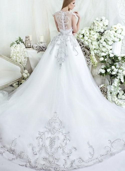 Những mẫu váy cưới đẹp đến ngạt thở khiến mọi cô gái phải ao ước - 44