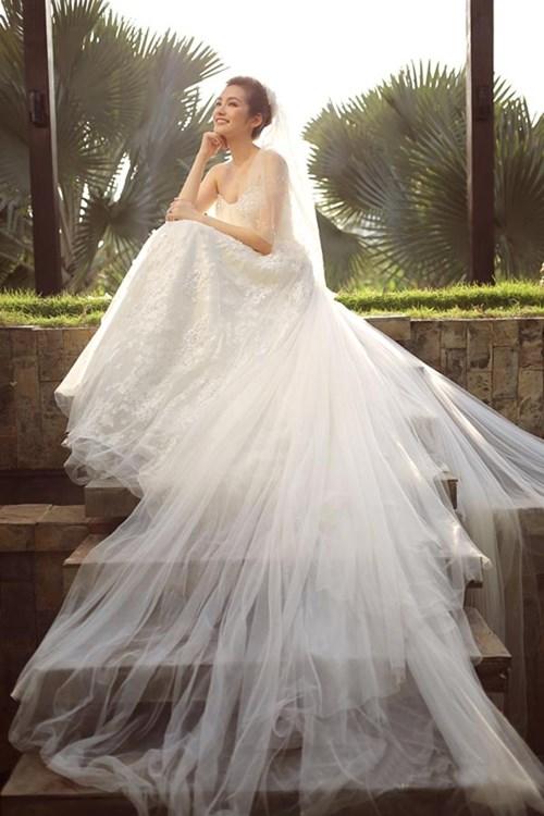 Những mẫu váy cưới đẹp đến ngạt thở khiến mọi cô gái phải ao ước - 45