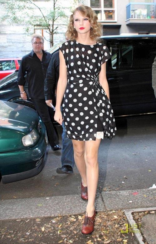 Taylor swift chia sẻ 6 bí quyết mặc đẹp - 4