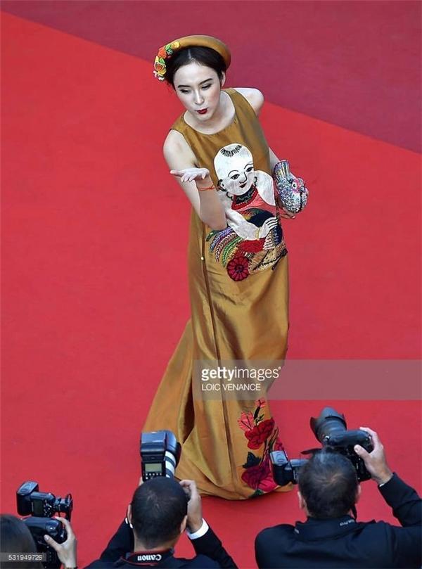Váy áo sao việt trên thảm đỏ quốc tế làm nức lòng khán giả quê nhà - 8