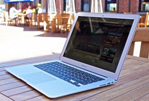 Apple có thể khai tử macbook air thay bằng macbook retina - 1