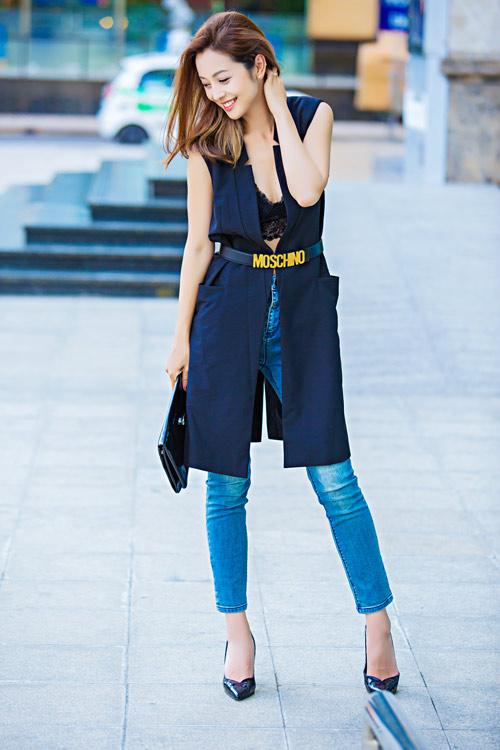 Jennifer phạm mặc quần jeans khoe vòng 3 cong tròn - 12