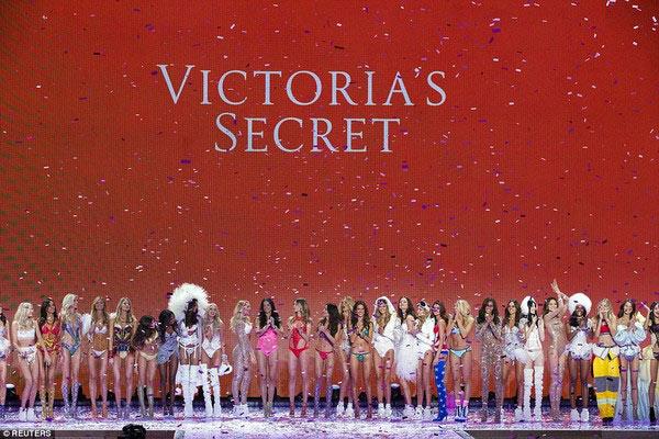 Victorias secret show 2015 gây hụt hẫng vì mờ nhạt - 13