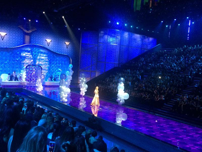 Victorias secret show 2015 gây hụt hẫng vì mờ nhạt - 14